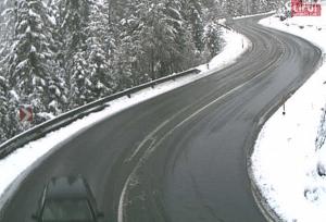 Fernpass met sneeuw